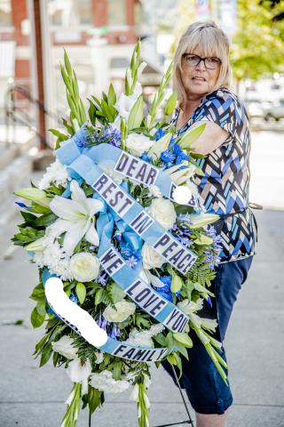 Funeral_Flower_Wreaths_Port_Alberni.jpg