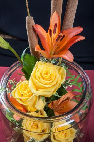 fall-flower-arrangements-port-alberni.JPG